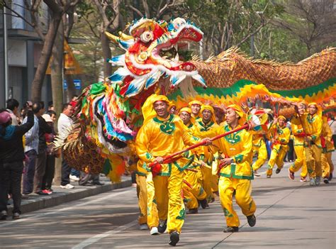 Chinese Culture: Customs & Traditions of China | Live Science