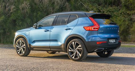 2020 Volvo XC40 Recharge plug-in hybrid T5 R-Design review