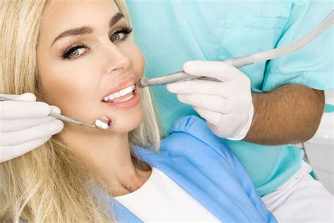 Dental Veneers: Pros and Cons | Forest Lake Family Dental
