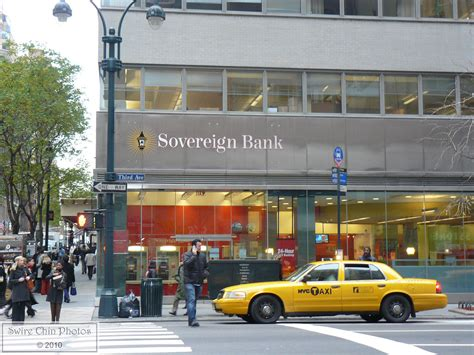 Sovereign on Third | Sovereign Bank branch at 711 Third