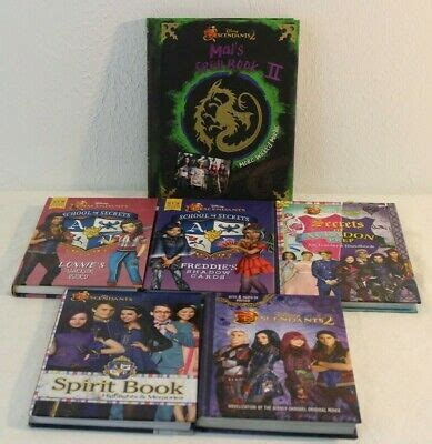 Disney Descendants 2 Book Lot Of 7 With Mal's Spell Book