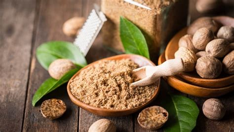 Here's how you can use nutmeg for weight loss