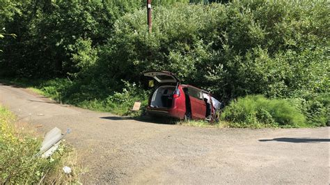 Person killed in crash on Highway 22 near Valley Junction