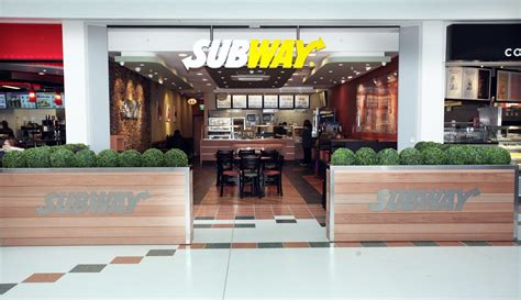 Subway brand celebrates its 5,000th store in Europe