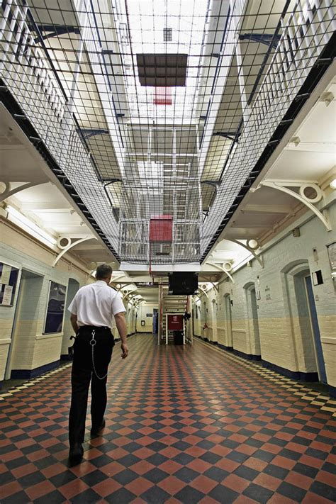 1 in 10 inmates in the UK are foreigners: Taxpayer foots