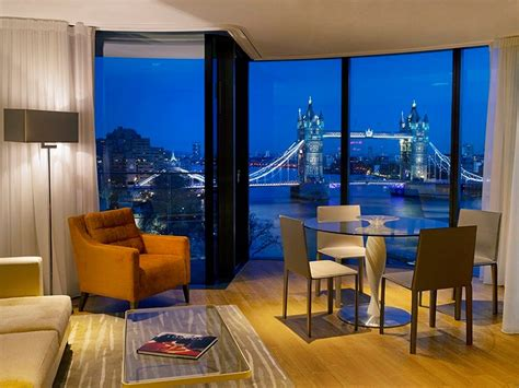 Luxury 2 bedroom Apartments Overlooking The Tower of