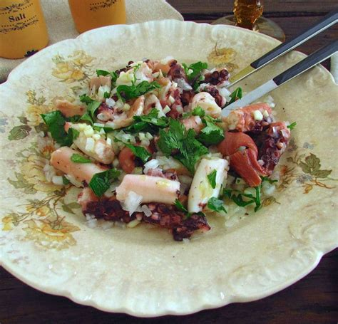 Octopus salad | Food From Portugal