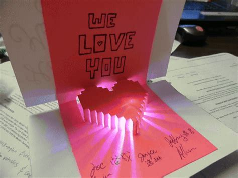 Quick and Fun Project: Light Up Pop Up Card for #