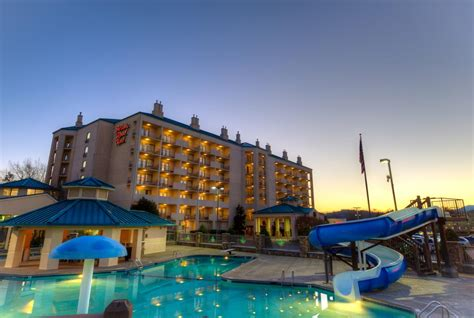 Music Road Resort Hotel, Pigeon Forge, TN - Booking