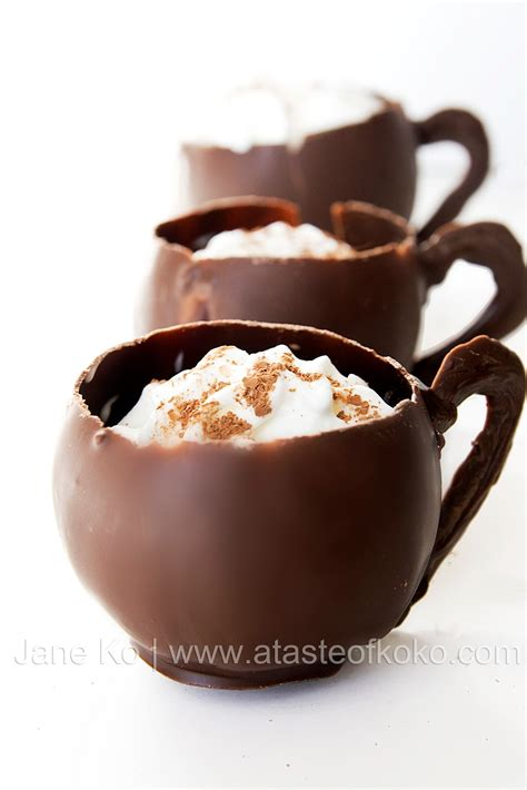 Tirecipes: Hot Chocolate in Edible Chocolate Cups