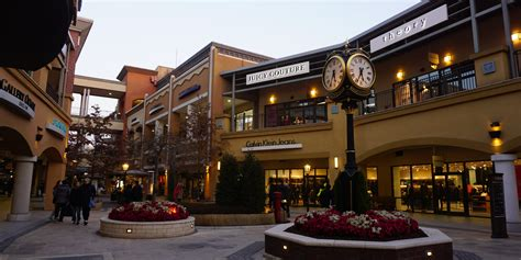 Luxurious Shopping Experience: Paju Premium Outlet   This