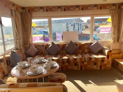 GREAT STARTER CARAVAN FOR SALE ON CHURCH POINT